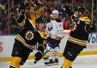 Bruins top Sabres 3-2 in shootout