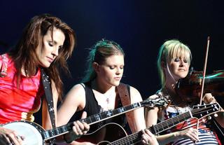 Dixie Chicks bringing World Tour to Buffalo