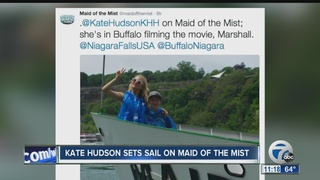 Kate Hudson spotted in Niagara Falls