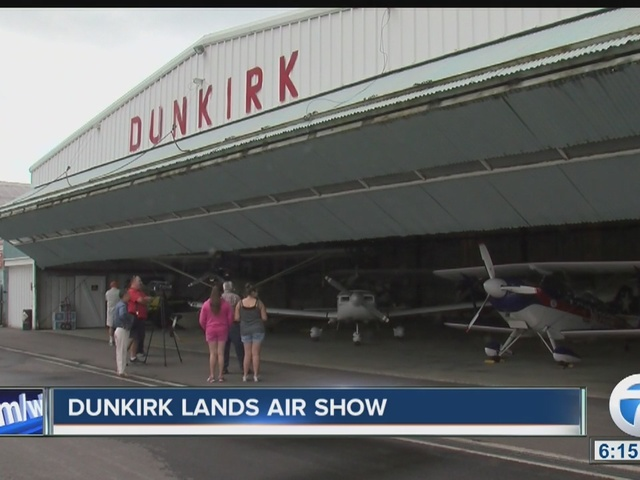 Airshow in Dunkirk for 1st time since 1971