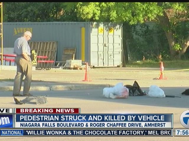 Deadly crash with pedestrian closes Niagara Falls Boulevard