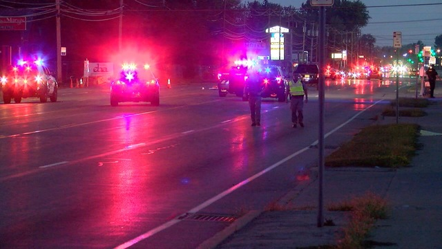 Niagara Falls Blvd closed after pedestrian hit
