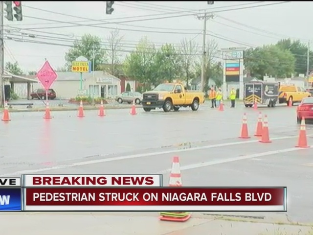 Pedestrian killed on deadly stretch of Niagara Falls Blvd.