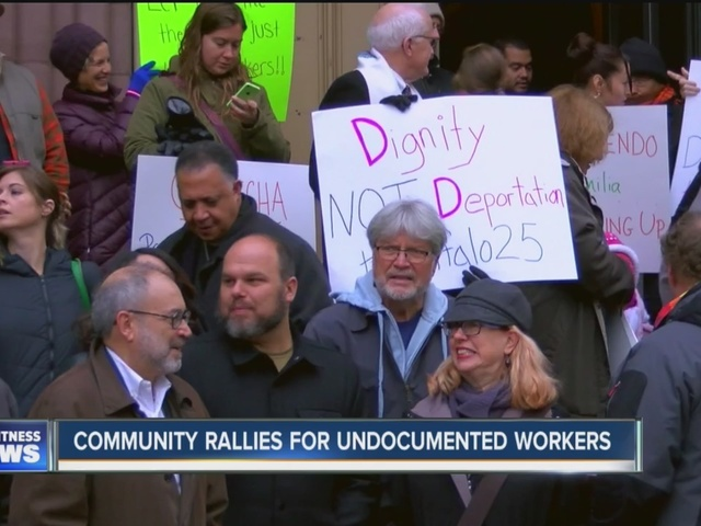 Community holds rally for undocumented workers