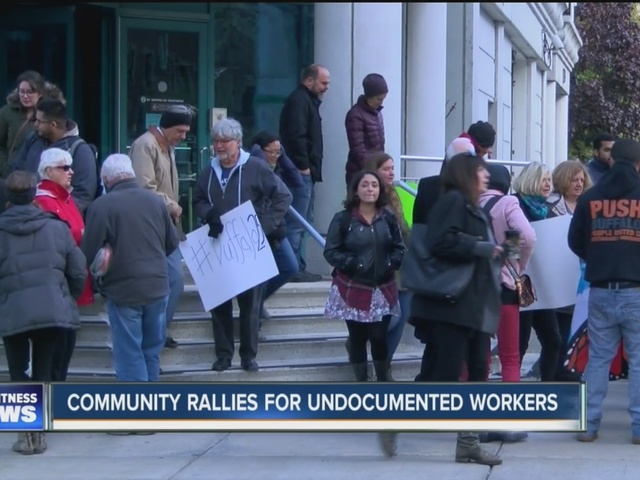 Community rallies for undocumented workers