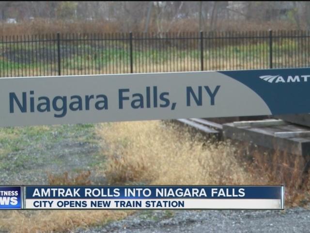 Amtrak rolls into Niagara Falls