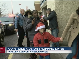 Officers take kids Christmas shopping