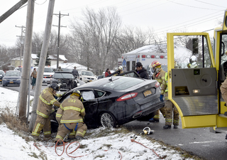 Accident causes portion of route 31 to close
