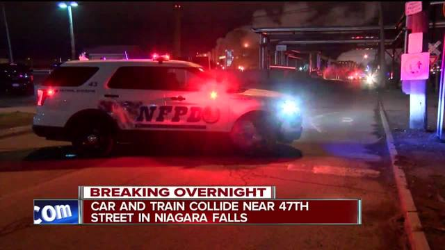Car and train collide in Niagara Falls