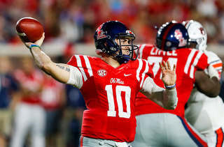 Chad Kelly cuts pro day short due to injury