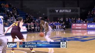 Hamilton lifts UB past Central Michigan