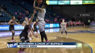 Northern Illinois uses late surge to down Bulls