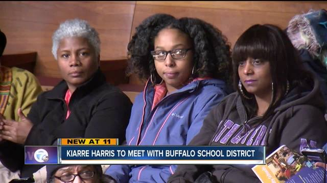 Mom in homeschool battle to meet with school district