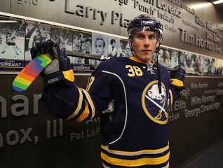 Report: Sabres place Taylor Fedun on waivers