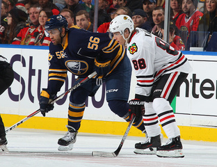 5 Observations: Blackhawks take down Sabres 5-1