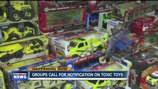 Bill would require toy makers to disclose toxins