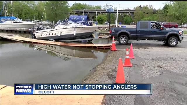 High water not stopping anglers on Lake Ontario