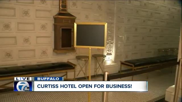 Curtiss Hotel is open for business-