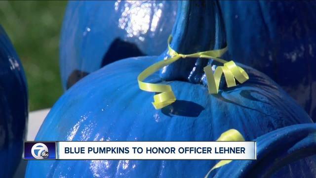 Blue pumpkins in big demand after officer-s death