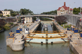 New York grants $1M for Erie Canal