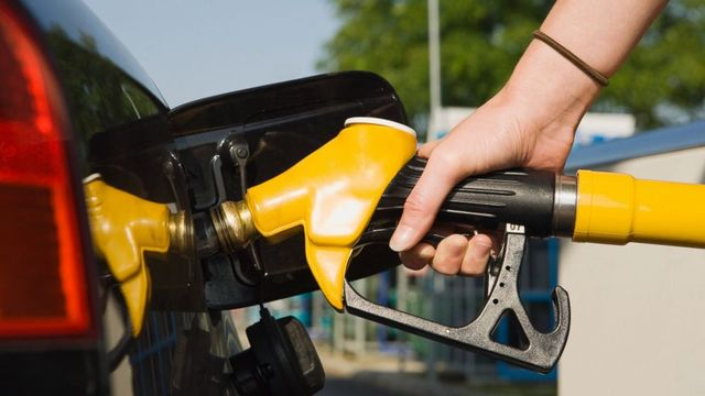 Gas prices rise as spring approaches