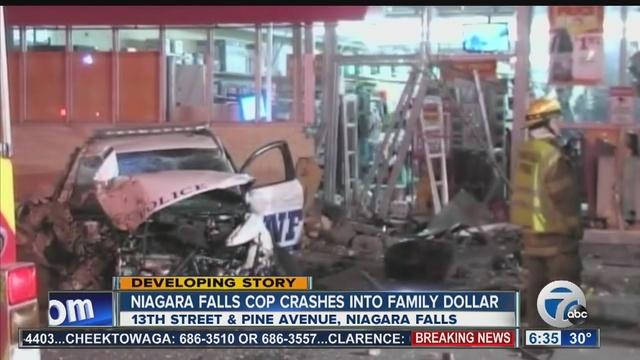 Police Car Crashes Into Family Dollar Store Wkbw Com Buffalo Ny