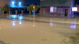 Seneca Street closed after water main break