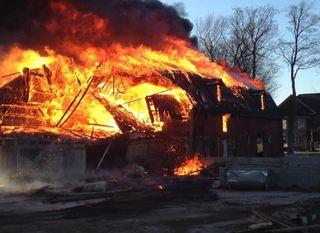 Fire destroys barn in Newstead