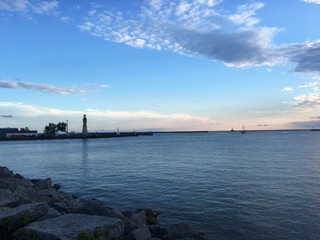 U.S.-Canadian agency Lake Erie pollution study