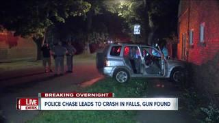 Police found gun, ski mask after Falls chase