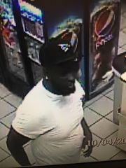 Police look for man who assaulted Tops employee