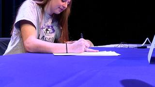 Nichols School athletes sign letters of...