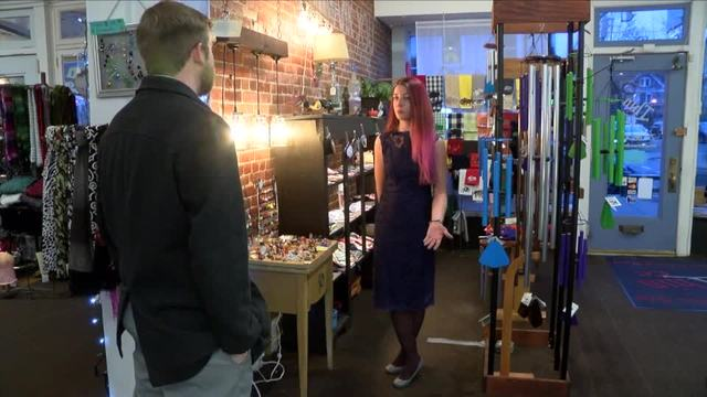 Shops gear up for the holiday shopping season