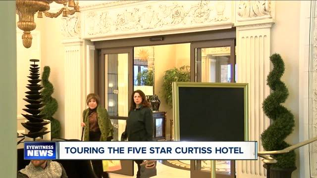 Free tours of Buffalo-s Glitziest Hotel