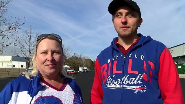 Bills fan eats bowl of 19-year-old Flutie Flakes