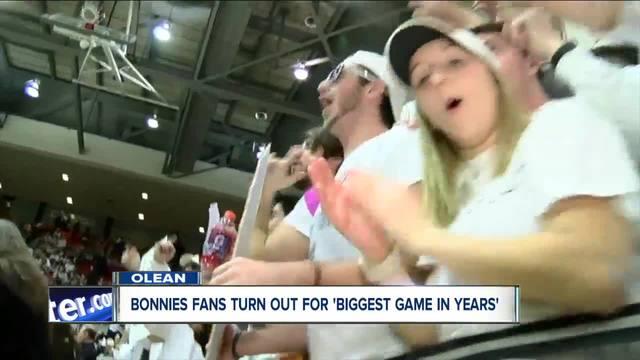 Bonnie fans celebrate upset over Rhode Island