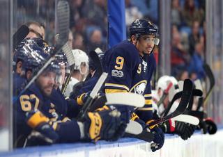 5 Observations: Capitals knock off Sabres 3-2