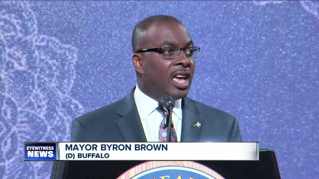 Mayor announces plan to fill vacant homes