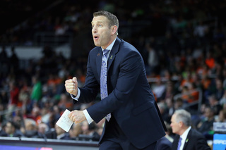 Nate Oats signs five-year extension with UB