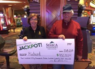 Man wins major jackpot at Seneca Allegany Casino