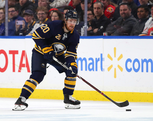 Sabres sign Scott Wilson to two-year deal
