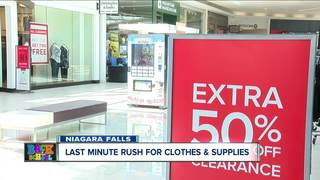 Last minute back to school rush at WNY mall
