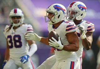 Bills beat Vikings 27-6 for first win of season