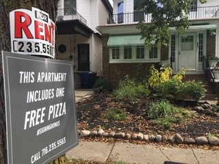 Rent this Buffalo property, get free pizza!